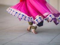 Nama Anak Perempuan Sansekerta dan Artinya - Kaki Gadis Menari