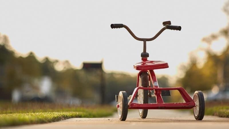 Aneka mainan anak anak - Sepeda