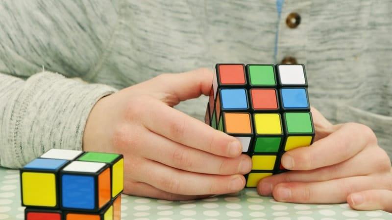 Aneka mainan anak anak - Rubik