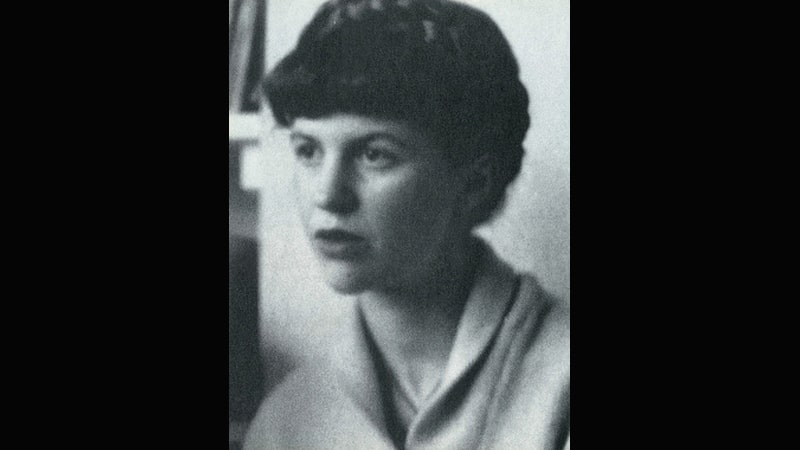 Arti Nama Silvia - Sylvia Plath