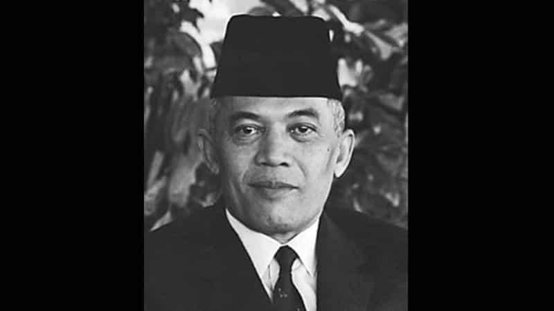 Arti Nama Haris - Abdul Haris Nasution